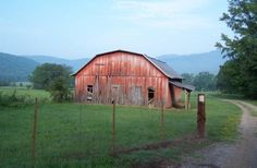 Arkansas is full of old barn beauty -- would love to save some of those beautiful ole' barns.