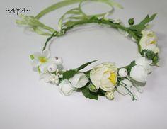 Eine+unglaubliche+Blumenkrone+für+Sie!+von+AYA's+Flower+Crowns+auf+DaWanda.com