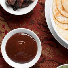 Plum Sauce Recipe Chinese, Wild Berry Recipe, Homemade Syrup, Food Mills, Sweet Sauce, Venison, Recipe For 4, Canning Recipes, Sauce Recipes