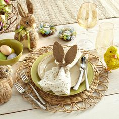 Easter Place Settings: Natural
