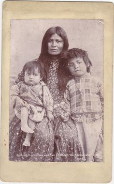 Cabinet Card. Geronimo's family.