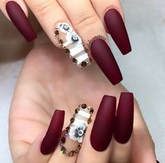 Coffin nail designs look awesome, especially with a long nails, but you don't have to have long nails to take part in this trend. Let's find your next best coffin nail ideas and amp up your existing nail polish idea too. Matte Nails, Stiletto Nails, Red Nails, Swag Nails, Coffin Nails, Hair And Nails, Maroon Nails, Fall Nails, Winter Nails