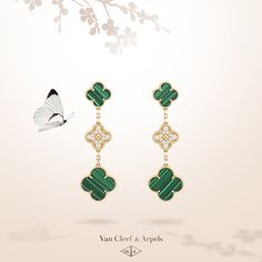 Yellow gold, diamonds and malachite form a perfect harmony to embellish the Van Cleef & Arpels icon of luck. Dive into the deep green hue of malachite with Van Cleef & Arpels new Magic Alhambra earrings. Delicate Gold Necklace, Long Silver Necklace, Long Pendant Necklace, Jewelry Ads, High Jewelry, Fashion Jewelry, Women Jewelry, Jewellery, Van Cleef And Arpels Jewelry