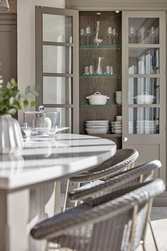 Mashup Monday Inspired English Kitchen Details from Tom Howley - Slave to DIY