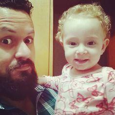 Deus sempre me surpreende mas ser seu pai #Allegra tem sido meu maior desafio e a maior alegria também. #obrigadosenhor #serpai #amovcLia