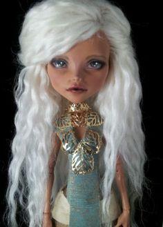 """Custom OOAK """"Daenerys"""" Monster High Cleo Doll by Skeriosities   eBay"""