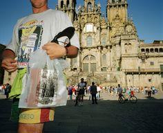 Magnum Photos Photographer Portfolio - Martin Parr SPAIN. Galice. St Jacques de Compostelle. 1993.