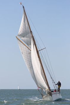 The gaff cutter 'Thalia' competing in the 2013 J.P. Morgan Asset Management Round the Island Race.
