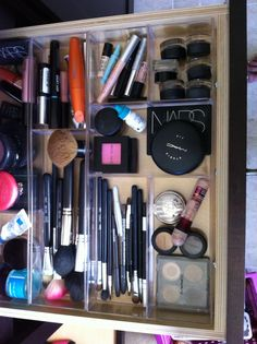 makeup organization with trays from container store. I LOVE the container store. Makeup Drawer Organization, Makeup Storage, Organization Ideas, Storage Ideas, Organizing, Veronika Blushing, Beauty Makeup, Eye Makeup, Beauty Vanity
