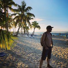 Lässt sich aushalten hier  #caribbean #vacation #beach #palmtrees #versengold #f... ,  #aushalten #beach #caribbean #folkmusic #folkrock #Hier #lasst #ontour #palmtrees #sich #vacation #versengold #violin Folk Rock, Folk Music, Beach, Seaside