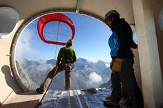 New Refuge Gervasutti, the survival unit was designed by Italian architects LEAPfactory, who specialise in modular accommodation for extreme environments.' This is a solar powered tubular mountain cabin installed on Mt.Blanc with the use of helico. Nanjing, Solar Power, Over Ear Headphones, Survival, The Unit, Cabin, Moodboard, Mountaineering, Climbing