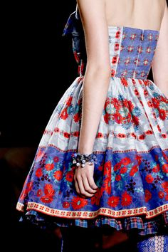 Anna Sui details Spring 2013 RTW. Love the colors and the pattern!