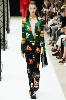 Acne Studios Spring 2015 Ready-to-Wear - Collection - Gallery - Style.com