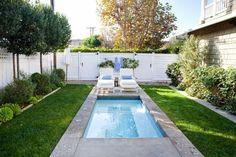Pool für kleinen Garten, der Platz spart