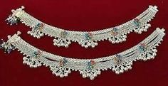 Payal Designs Silver, Silver Anklets Designs, Silver Payal, Anklet Designs, Necklace Designs, Beaded Anklets, Anklet Jewelry, Gold Anklet, Women Jewelry