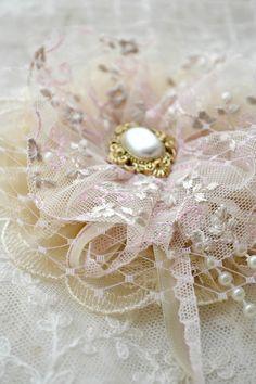 Bijoux...lace.