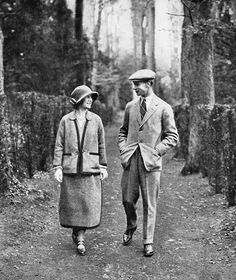 King George VI and Queen Mother when they were Duke and Duchess of York on their honeymoon at Polesdon Lacey house in Surrey---I have walked down this very lane !