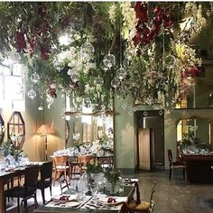 INSPIRATION. Hur drömmig restaurang ? Modedesigner @antoniomarras_personal har öppnat upp en pop up restaurang lagom till Milanos stora möbelmässa. Vi vill dit nu! (  @feminasverige ) #ristoranterossomarras @toninoflower_ @nonostantemarras  via ELLE SWEDEN MAGAZINE OFFICIAL INSTAGRAM - Fashion Campaigns  Haute Couture  Advertising  Editorial Photography  Magazine Cover Designs  Supermodels  Runway Models
