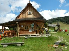Where to go eat and/or relax in Slovakia top rated places) Where To Go, Top Rated, Relax, Cabin, Country, House Styles, Places, Home Decor, Homemade Home Decor
