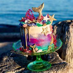 41 mentions J'aime, 1 commentaires – Meghan Nishi (Sakura Baking Co.) sur In. Ocean Birthday Cakes, Ocean Cakes, Birthday Cake Girls, Beautiful Cakes, Amazing Cakes, Sirenita Cake, Fete Emma, Galaxy Cake, Mermaid Cakes