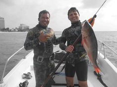 Pablooooooooooooo on Cozumel with a great Mutton Snapper