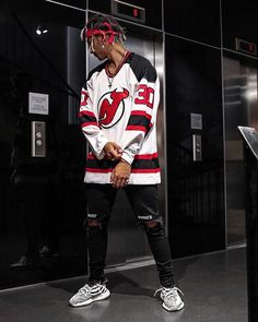 WEBSTA @ maiknila - devils are not my favorite team, but Brodeur is a legend  #ootd #yeezy getting ready for #wkndfestival at @glo_hotels #glohotel #urbanexplorer #urbanenjoyment