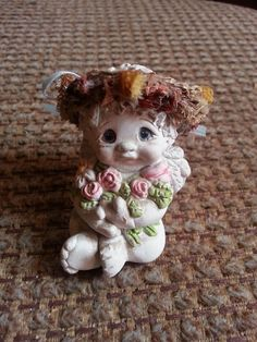 "1996 Dreamsicle ""Forget Me Not"" Collectible Cherub Figurine by Kristin Haynes"