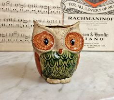 TREASURE HUNTER ‏@LisaSierra1000   Swing back to to the 60's! ViNTAGE 1960'S POTTERY HORNED OWL VaSE, MiD CenTury CoLLecTIBLes. https://www.etsy.com/listing/464514904 … $24.00.