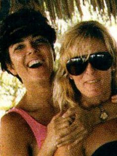Kris Jenner Opens Up About the Nicole and O. Simpson She Knew Ahead of New TV Series on Murder Trial: 'They Were My Family' Kris Jenner, Kardashian Jenner, Death Pics, Blond, Famous Murders, Oj Simpson, True Crime Books, Robert Kardashian, New Tv Series