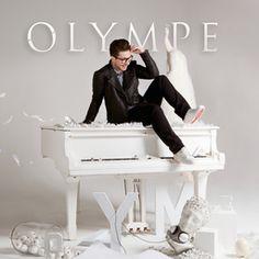 Ce premier album vous fera découvrir Olympe comme jamais : son univers à travers ses interprétations (chant et piano) de tubes bien connus du grand public, mais aussi un titre inédit en français. L'univers visuel qu'Olympe propose est fort et prouve qu'il est un véritable artiste à part entière. Avec Scott Jacoby à la production (John Legend, Vampire Weekend), les interprétations d'Olympe sont sublimées tout en respectant son univers bien à lui. Olympe est un jeune artiste à suivre…