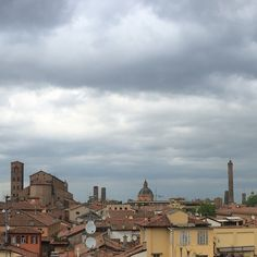 Nuvole sopra Bologna, grazie per la foto a Marco Galimberti