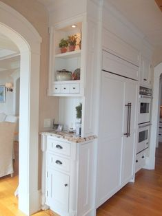 32 Perfect Small Kitchen Design Ideas And Decor. If you are looking for Small Kitchen Design Ideas And Decor, You come to the right place. Here are the Small Kitchen Design Ideas And Decor. Simple Kitchen Remodel, Kitchen Design Small, Kitchen Remodel Small, Kitchen Design, Farmhouse Kitchen Cabinets, Modern Kitchen, Rustic Farmhouse Kitchen, Kitchen Layout, Kitchen Style