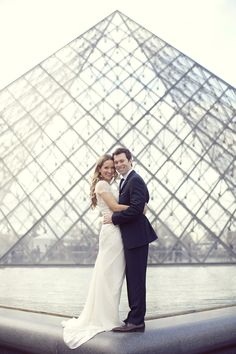 View entire slideshow: 21 Must-Have Photos For Your Dream Destination Wedding in Paris on http://www.stylemepretty.com/collection/2205/