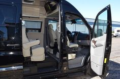 2014 Airstream Interstate - M17308S - New Class B RV for sale in North Tonawanda, New York.