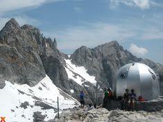 Disfrutando de las vistas!! Enjoying the stunning views!! #cabañaveronica #picosdeeuropa #hiking #relax