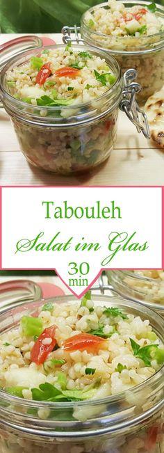 Libanesischer Tabouleh Salat, schnelles Rezept, Zubereitung in weniger als 30 Minuten, Rezept für Salat to go, fürs Büro oder zum Picknick