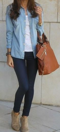 A light blue denim shirt and navy slim jeans are a great outfit formula to have in your arsenal. Elevate your getup with cream suede booties. Mode Outfits, Fall Outfits, Casual Outfits, Fashion Outfits, Womens Fashion, Workwear Fashion, Fashion Blogs, Fashion 2018, Fashion Trends