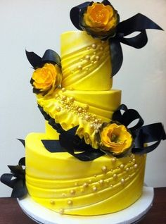 cake decorating idea-basic design is nice in white for a wedding with silver and in your color scheme