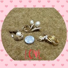 Bundle gold plated/pearl brooches & scarf clip 2 gold plated / water pearl brooch ( 1 with crystals ) and 1 gold plated / water pearl / crystals scarf clip all in good condition . Jewelry
