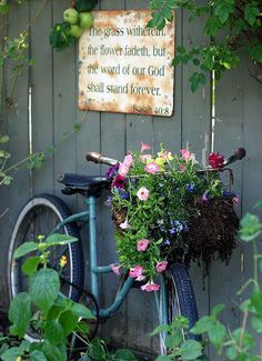 Turn Your Old Bike into an Original Garden Decoration Garden Decor