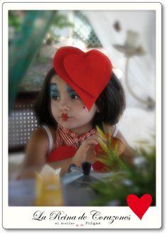 El atelier de las Pulgas: Disfraz de Reina Roja. Alicia en el País de las Maravillas.