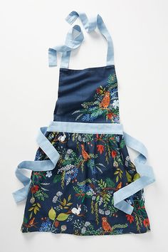 Slide View: Rifle Paper Co. for Anthropologie Winter Floral Apron Anna Bond, Kitchen Aprons, Kitchen Fabric, Kitchen Gifts, Kitchen Towels, Floral Bedding, Gifts For Cooks, Apron Designs, Rifle Paper Co