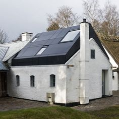 A Studio for a Danish Artist by Svendborg Architects. Quirky mirrored angle ceiling within#Repin By:Pinterest++ for iPad#