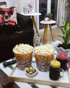 Movie Night Snacks, Party Food Platters, Chocolate Birthday Cake Decoration, Romantic Dinners, Food Design, Food Inspiration, Love Food, Brunch, Food And Drink