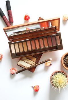 Urban Decay Naked Heat Palette Review - Worth The Hype? | Meg Hobson