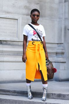 The Best Street Style At London Fashion Week SS18 #refinery29 http://www.refinery29.uk/2017/09/170850/street-style-london-fashion-week-ss18#slide-72