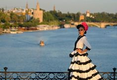 Seville fashion promoted at Moda de Sevilla show - People's Daily Online