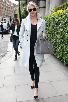 Kate Upton wore our #AW1516 #Anglomania Corgi Coat in London this week.