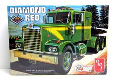 Diamond Reo Tractor Big Rig AMT #719 1/25 New Semi Truck Model Kit – Shore Line Hobby