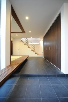 modern mudroom entry with shoes/coat closet Entrance Design, House Entrance, Morden House, Japanese Style House, Basement Layout, Build A Closet, Minimalist Interior, Mudroom, Ideal Home